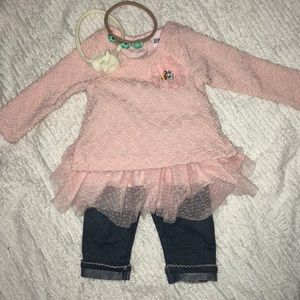 Little Lass Matching Sets - Amazingly adorable 2 piece outfit.